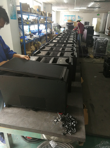 V8 line array assembly